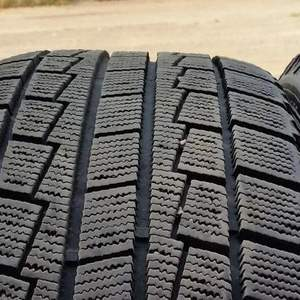 Hankook winter I cept 225/55R17