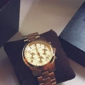 Оскол часы продам старый продать старые часы тиссот